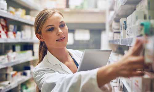 دوره آموزش تکنسین داروخانه با مدرک بین المللی